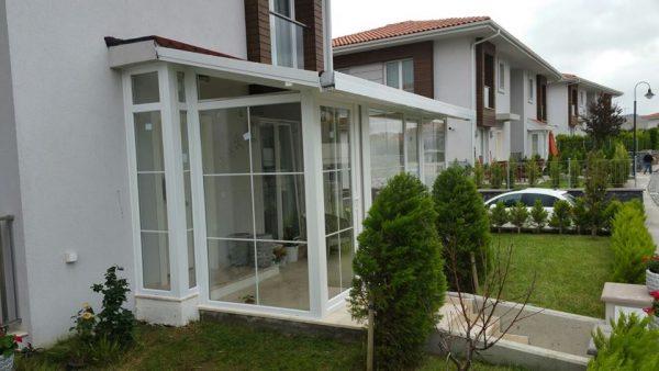 Kapalı Çatı Mutfak Önü Kış Bahçe Kapatma Modelleri