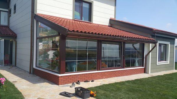 Villa kış bahçesi sistemleri cam içi karolajlı kömmerling pvc pencere sistem