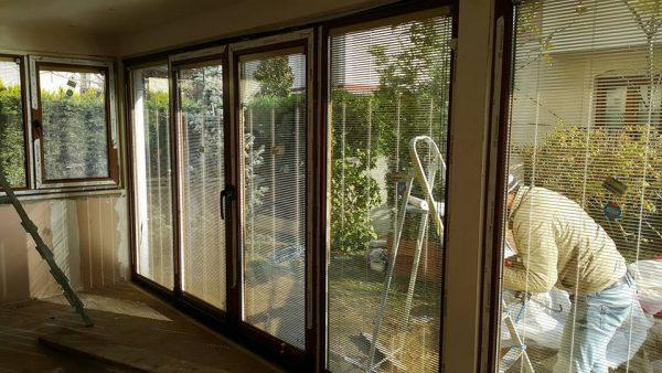 Kapalı Çatı Çekmeköy İdealist Kent Cam İçi Jaluzili Kömmerling Pvc Pencere Kış Bahçesi Modeli